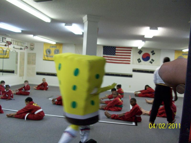 Grand Re-opening of 1000' Dojo with Sponge Bob Photo #5